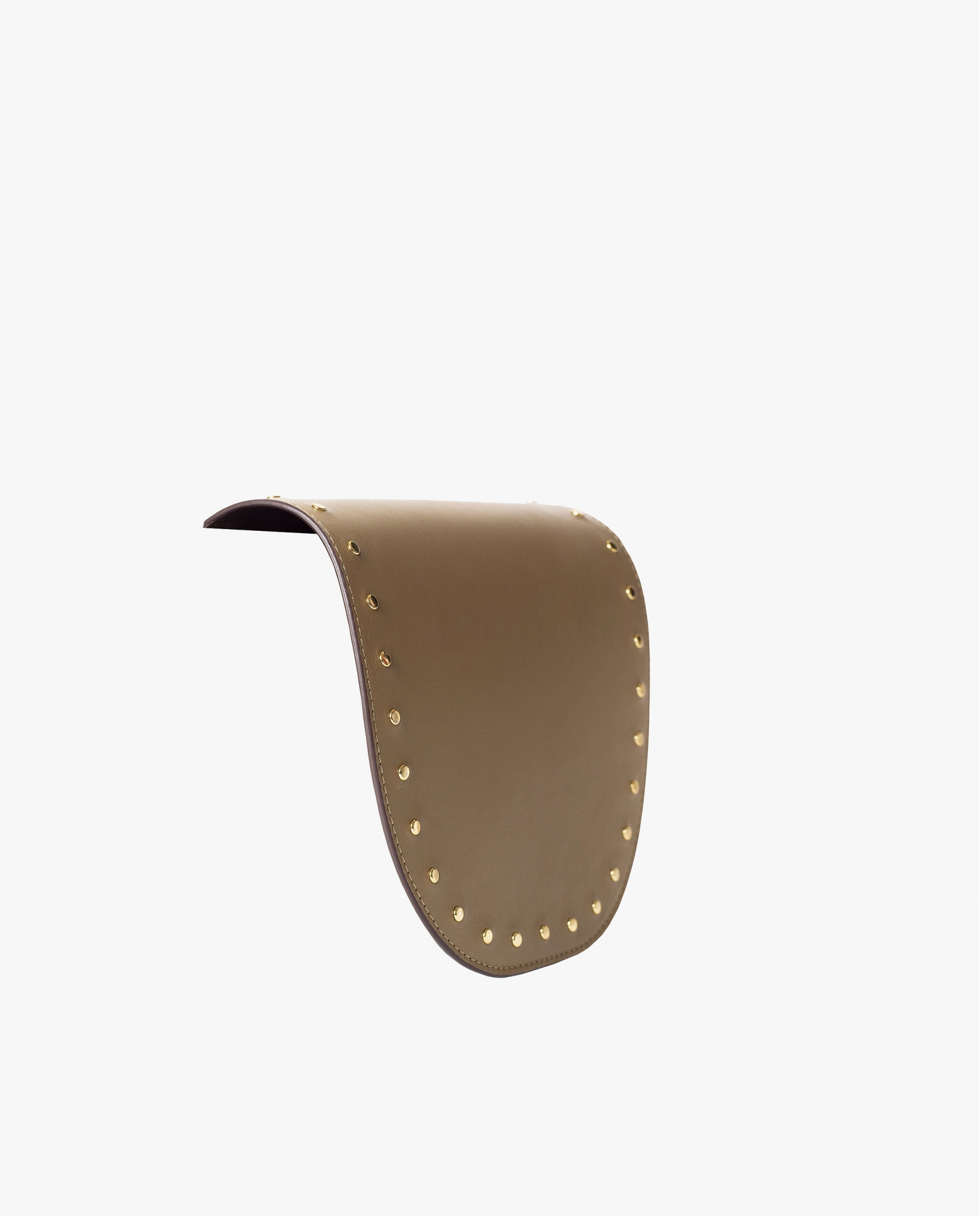 FLAP STUDS TAUPE
